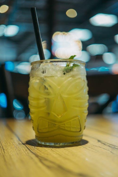 Immagine gratuita di bevanda, bicchiere, cannuccia