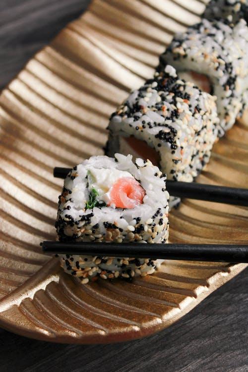 Fotos de stock gratuitas de algas, almuerzo, arroz, atún