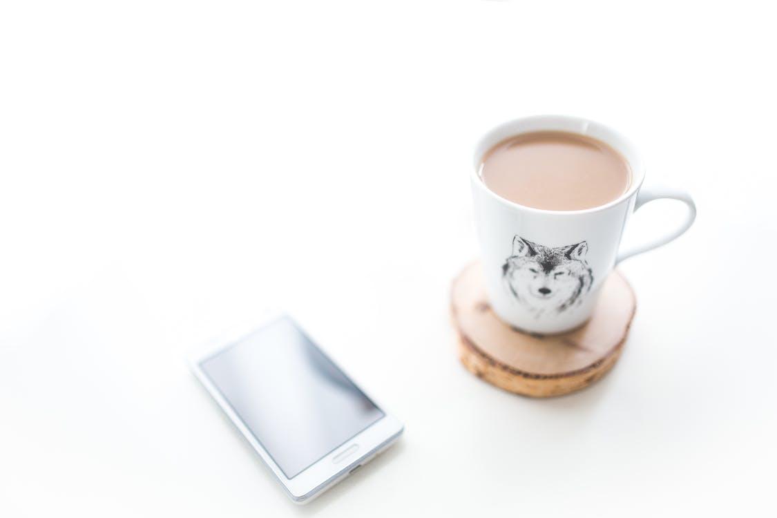 alb, birou, cafea