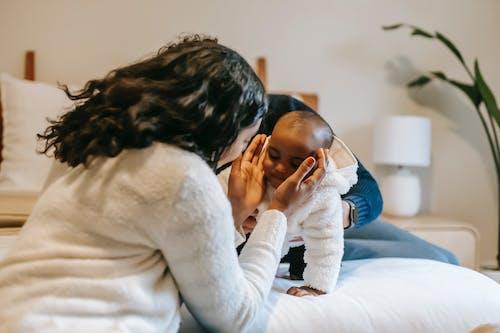 Fotobanka sbezplatnými fotkami na tému africké americké dieťa, Afroameričanka, bábätko
