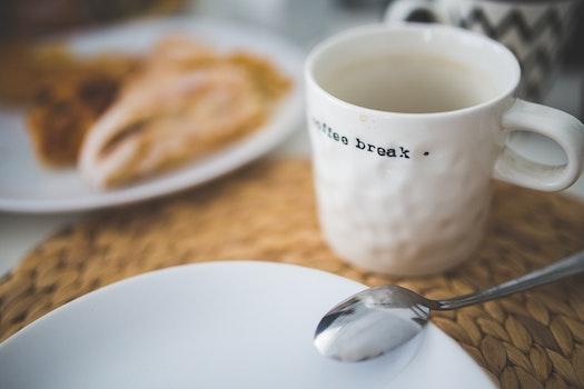 Kostenloses Stock Foto zu kaffee, tasse, becher, löffel