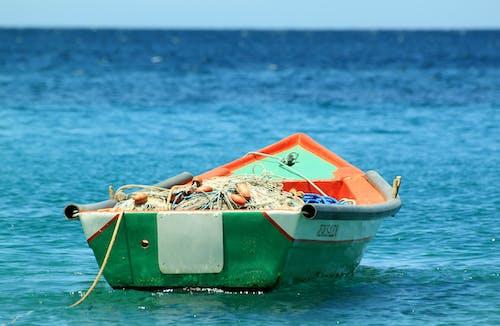 Бесплатное стоковое фото с вода, лодка, море, океан