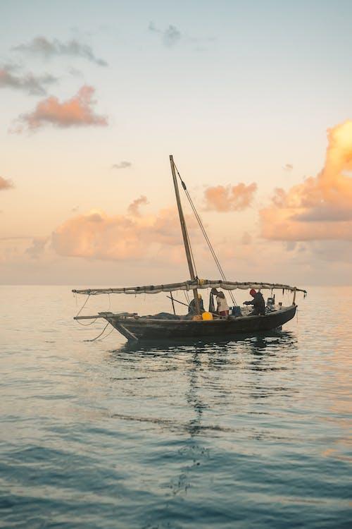 Free stock photo of boat, dawn, early sunrise