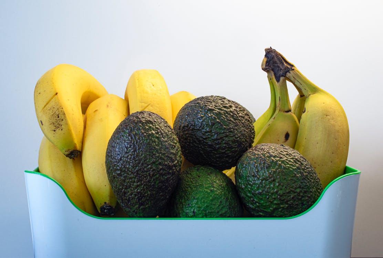 Plátano Amarillo Y Fruta Verde