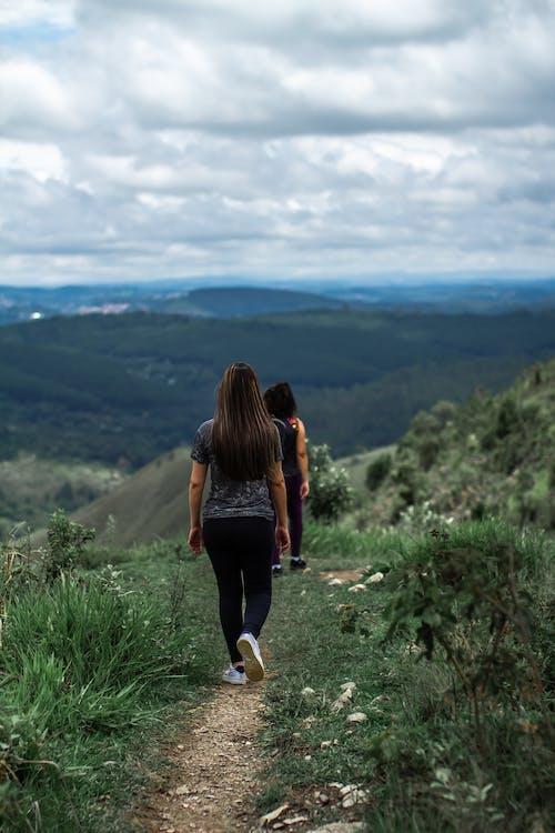 Foto profissional grátis de andando, ao ar livre, aventura, Brasil