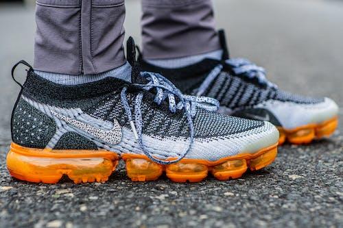 คลังภาพถ่ายฟรี ของ vapormax flyknit, รองเท้า, รองเท้าผ้าใบ