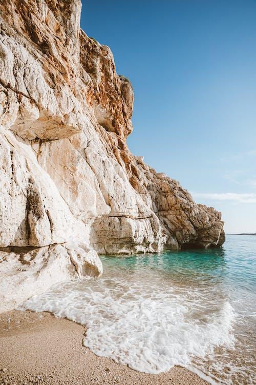 垂直拍摄, 天性, 岩石海岸 的 免费素材图片
