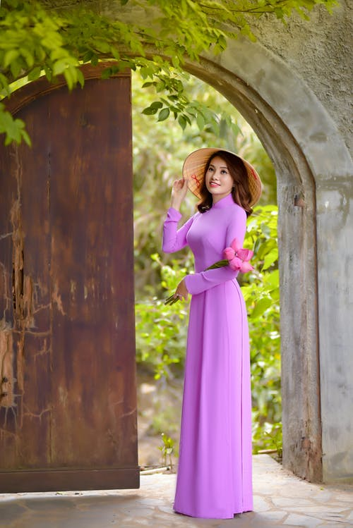 Darmowe zdjęcie z galerii z ao dai, azjatka, chapéu cònic asiatisk