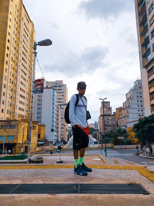 Ingyenes stockfotó Férfi, városi ruházat témában