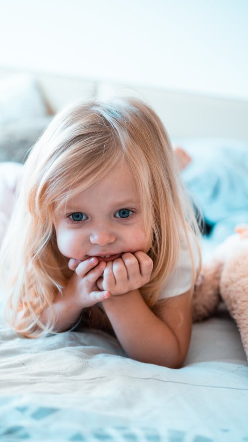 Free stock photo of bed, child, cute