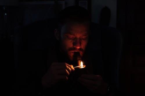 Immagine gratuita di abitudine, barba, bruciare