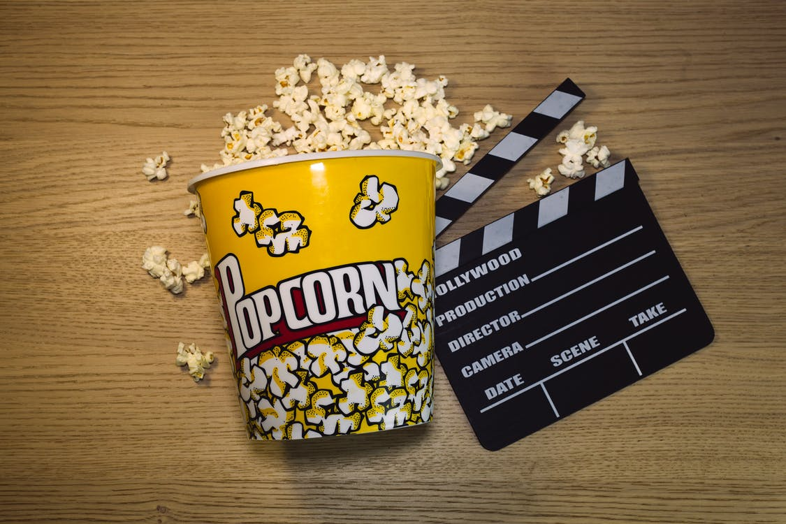 Popcorn in Black and Yellow Ceramic Mug