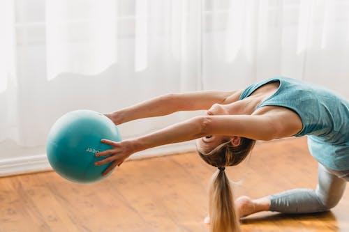 伸出, 伸展, 健康 的 免費圖庫相片
