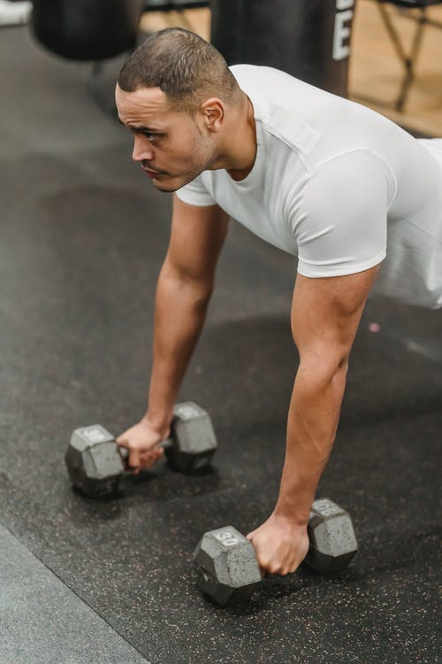 Foto profissional grátis de academia de ginástica, ação, aparelhos