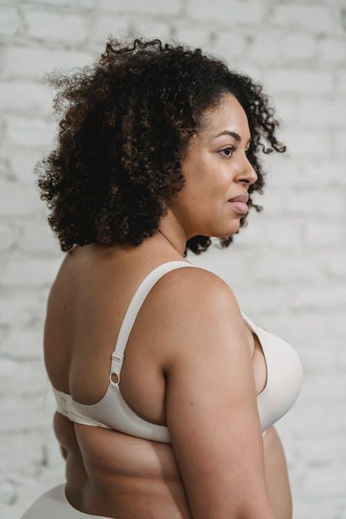 Ilmainen kuvapankkikuva tunnisteilla afroamerikkalaiset naiset, alushousut, alusvaatteet