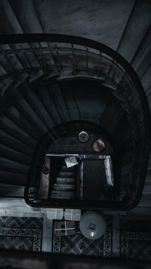 インドア, エレメント, オーバーヘッドの無料の写真素材