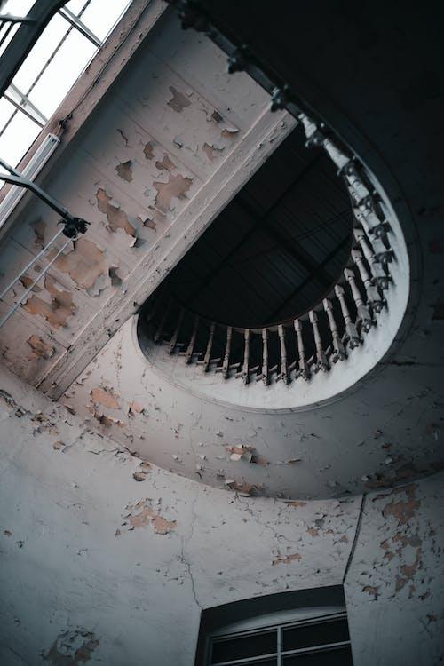 Kostenloses Stock Foto zu abgenutzt, alt, architektur