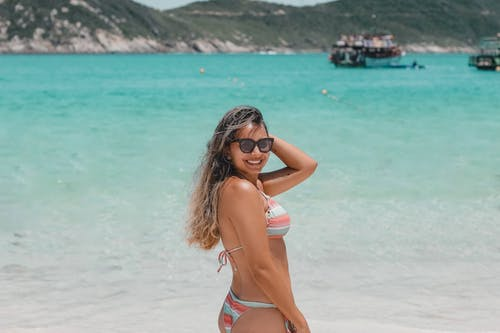 Gratis arkivbilde med avslapping, bikini, bli brun