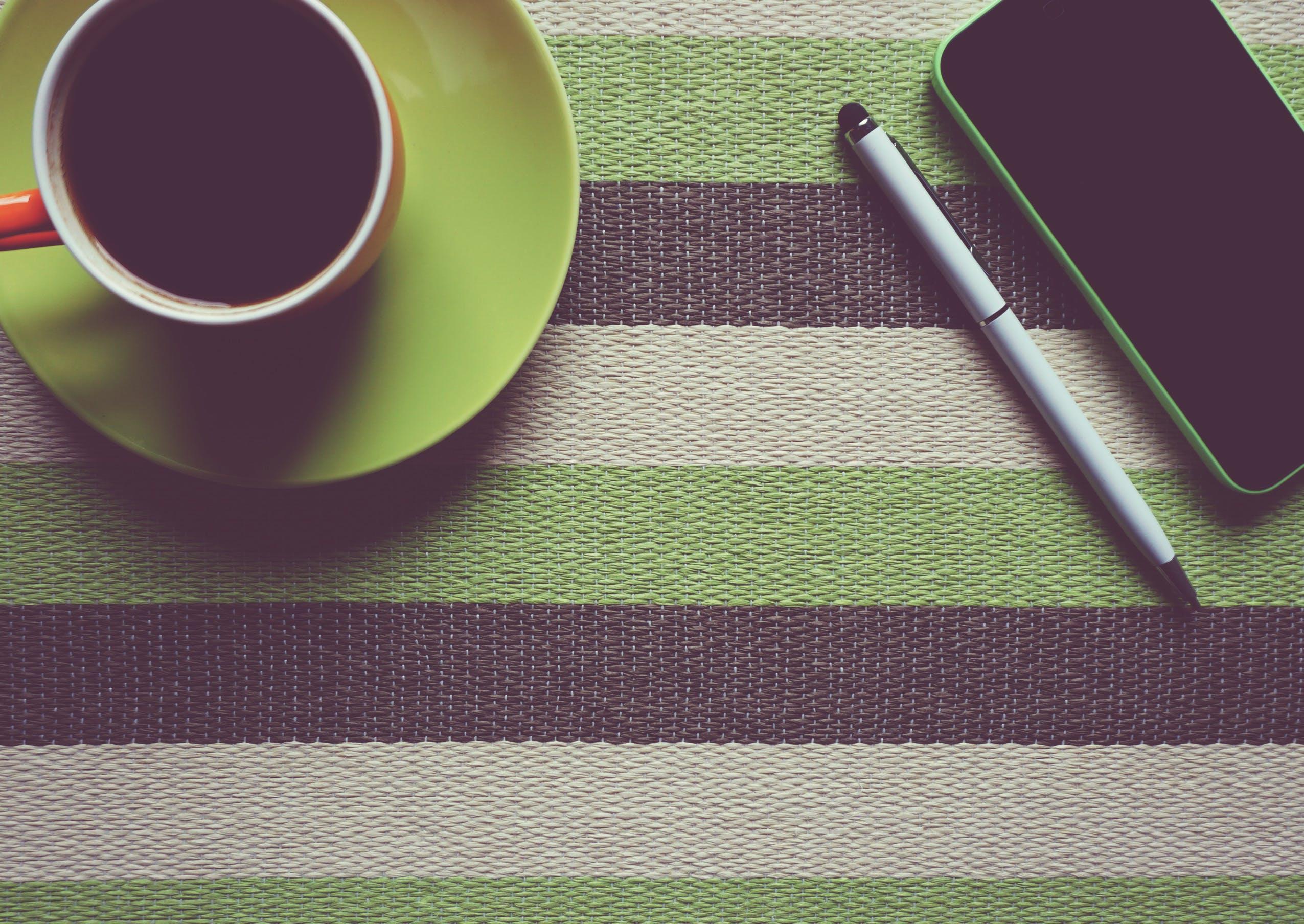 balpen, bureau, cafeïne