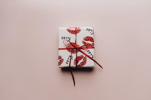 Gratis stockfoto met box, cadeau, cadeautje
