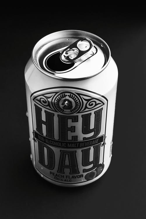 Aluminium can with alcoholic beverage