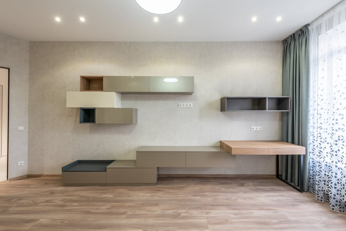 Spacious living room with cupboards