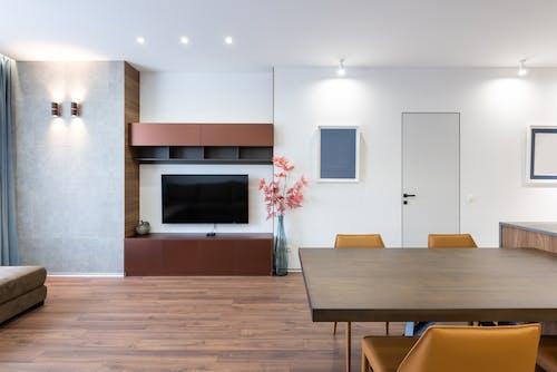 Foto profissional grátis de abajur, apartamento, armação