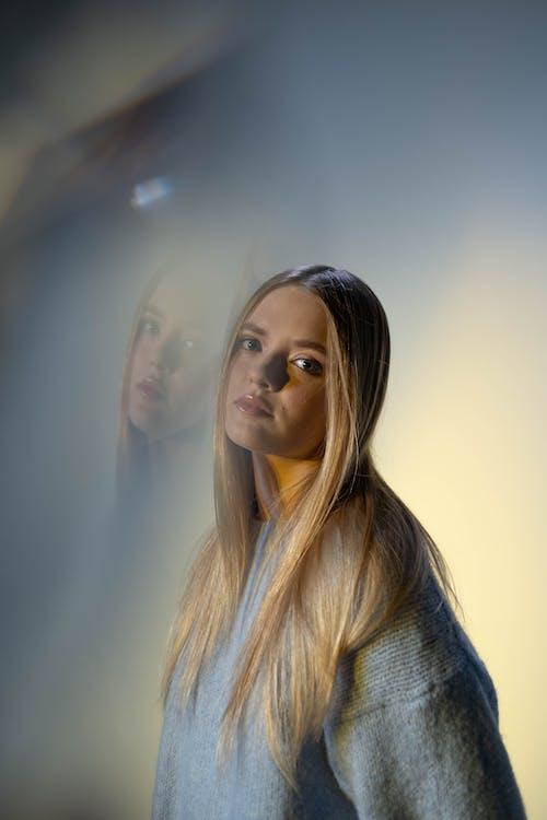 ニットセーター, プリズム, 二重露光の無料の写真素材