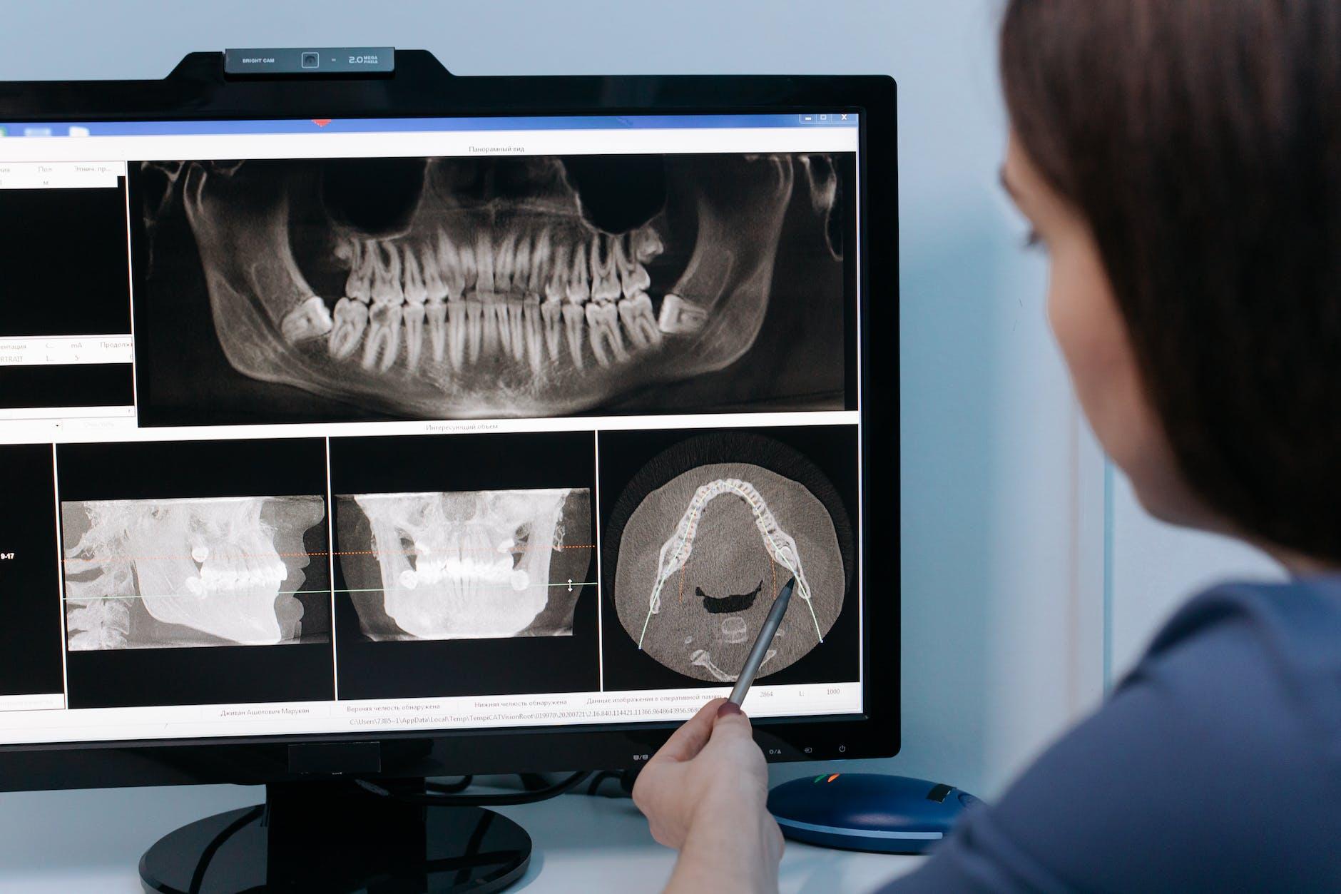 Prosthodontist Do