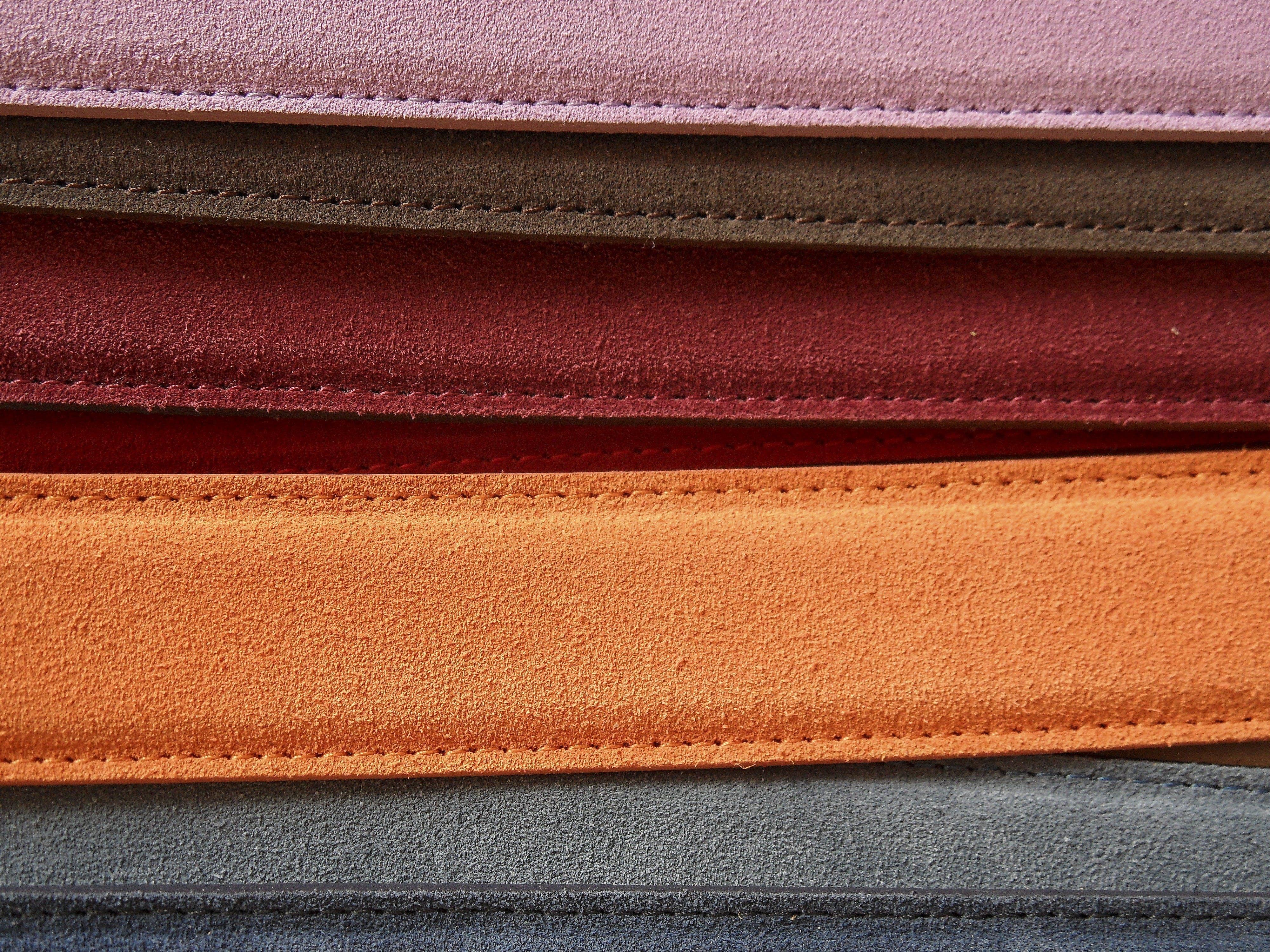 Fotos de stock gratuitas de cinturones, colores, costuras, cuero