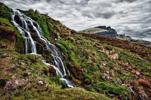 Foto d'estoc gratuïta de cascada, cel, colorit, ennuvolat