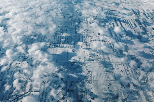 Foto d'estoc gratuïta de núvols, volant