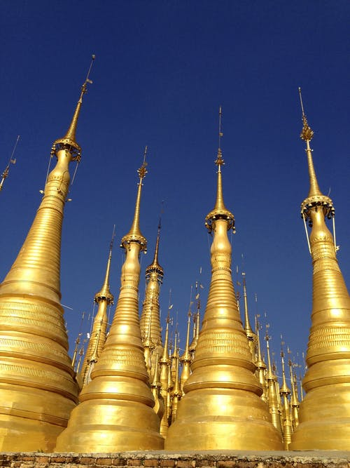 Photos gratuites de birmanie, Bouddhisme, doré, flèches