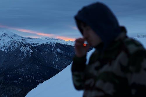Photos gratuites de adulte, alpiniste, aube, coucher de soleil