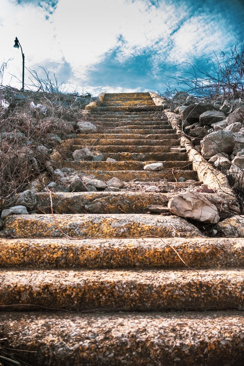 Free stock photo of abandoned, going up, old stairs, rund down