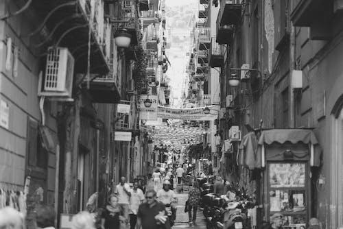 狹窄, 義大利人, 街, 黑與白 的 免费素材照片
