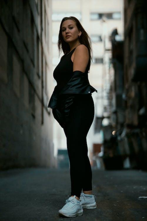 優雅, 光鮮亮麗, 城市, 女人 的 免费素材图片