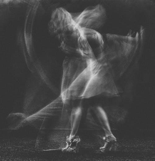 Darmowe zdjęcie z galerii z balerina, balet, cielisty, cień