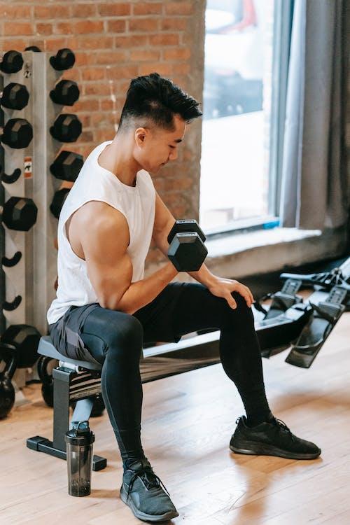 二頭肌, 亞洲人, 亞洲男性 的 免費圖庫相片