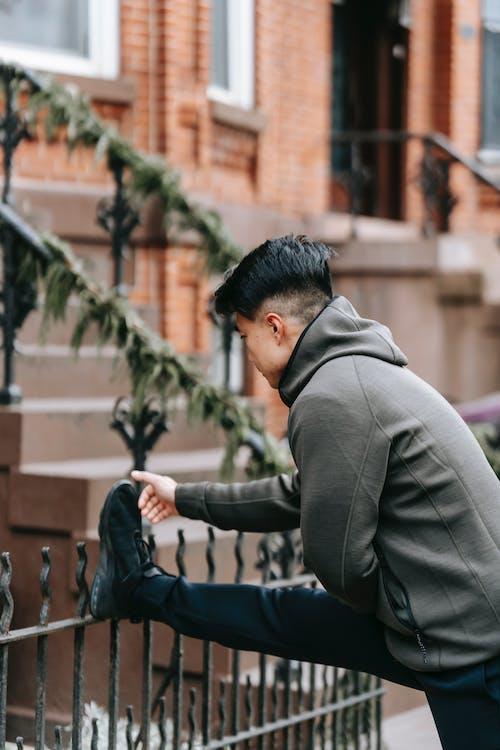açık hava, activewear, adam içeren Ücretsiz stok fotoğraf