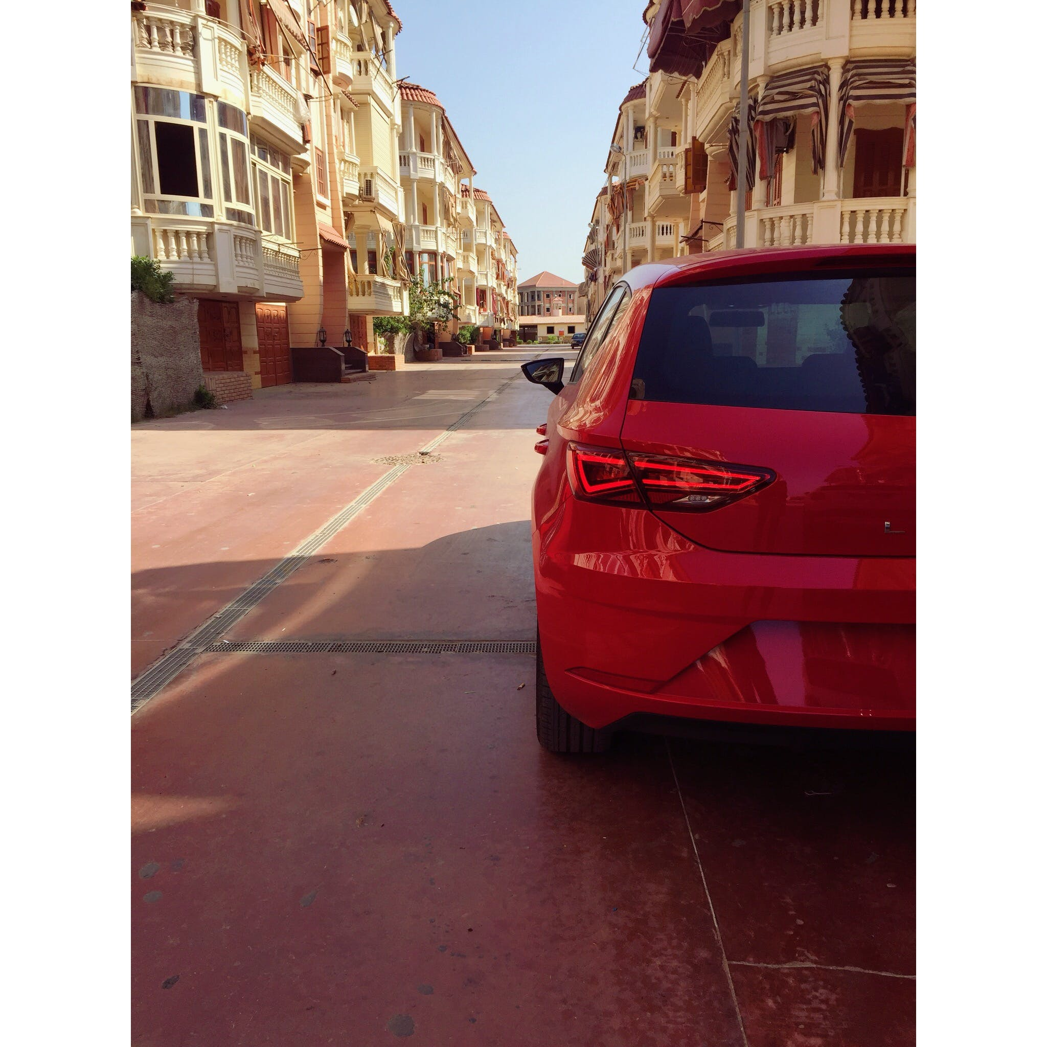 Pink 5-door Hatchback