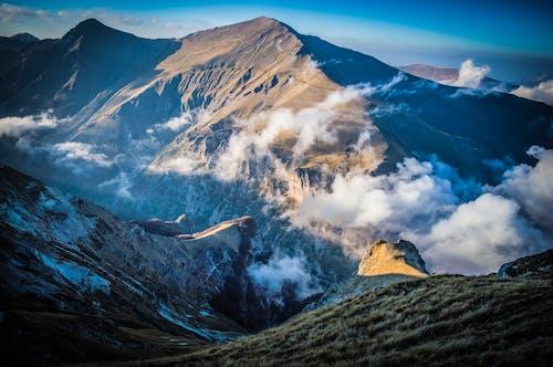Photos gratuites de altitude, brouillard, cailloux, ciel