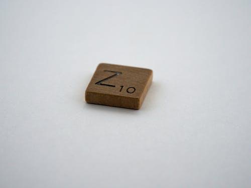 Základová fotografie zdarma na téma 10, bílé pozadí, dopis, dřevo
