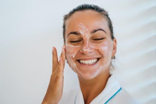 Immagine gratuita di adulto, alla ricerca, aromaterapia, attenzione