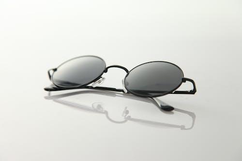 反射, 圓形, 墨鏡, 眼鏡 的 免費圖庫相片
