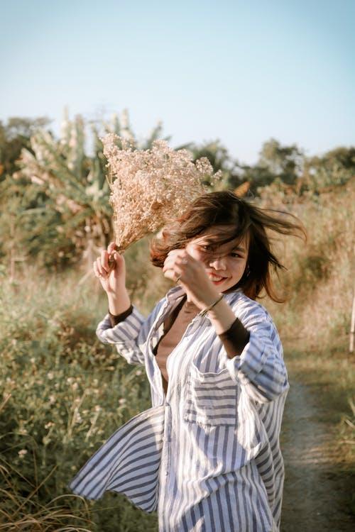 Безкоштовне стокове фото на тему «loifotos, азіатська дівчина, красива посмішка, портрет»