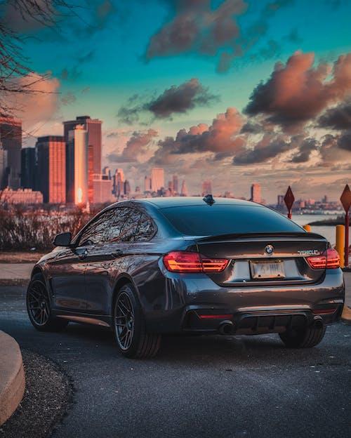 Gratis lagerfoto af asfalt, bil, by
