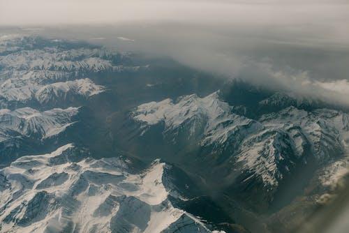 Gratis stockfoto met beklimmen, berg, bergen