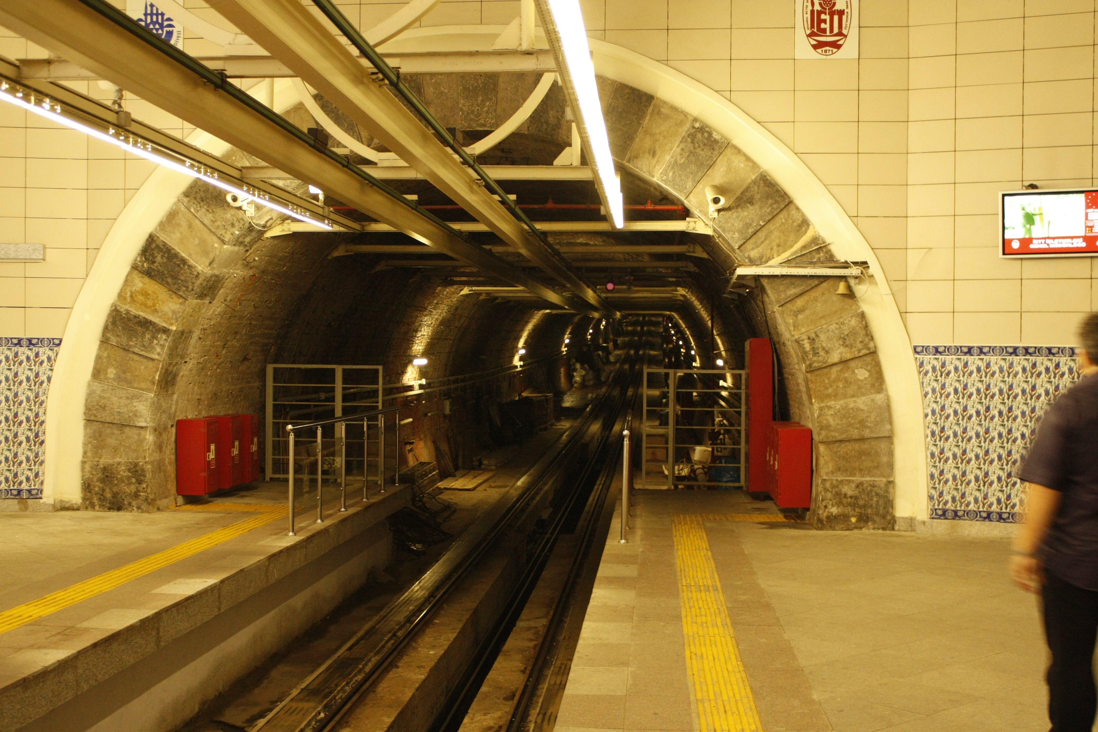 Základová fotografie zdarma na téma Istanbul, krocan, tramvaj, tunel