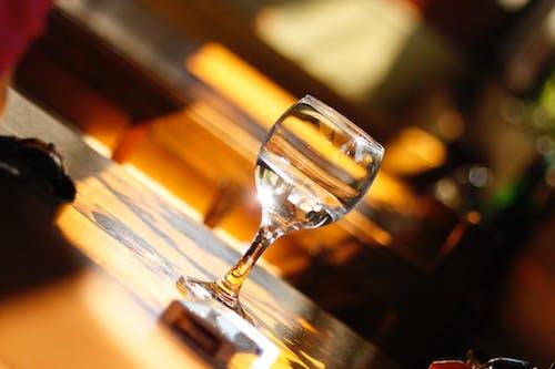 Foto profissional grátis de copo, copo de vinho, copos de vinho, restaurante